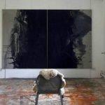 Passion - Farbe zwischen Finsternis und Licht Buchenholzasche, Obstbaumasche, Flammruß auf Leinwand, 2-teilig 200 x 300 cm 2014